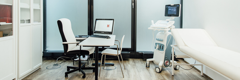 Rheumatologe Düsseldorf - Turin - Behandlungszimmer der Praxis